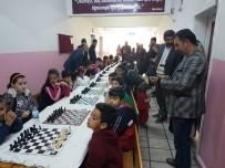 AKBAYıR - Öğrenciler Satranç Turnuvasında Mücadele Etti