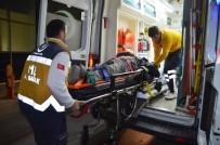ÜST GEÇİT - Bafra'da Motosiklet Kazası Açıklaması 1 Yaralı