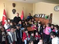 TOPLUM DESTEKLI POLISLIK - Bozüyük'te Miniklerden Polis Amcalarına Çiçek