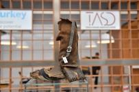 CARI AÇıK - Çanakkale Savaşı'ndan Kalma 100 Yıllık Ayakkabı AYMOD'da