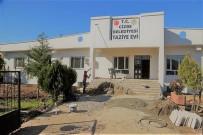 DEKORASYON - Cizre Belediyesi Nur Mahallesi Taziye Evi'ni Yeniden Düzenliyor