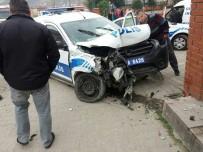 POLİS ARACI - Devrek'te Trafik Kazası Açıklaması 4 Yaralı