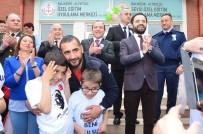 ÜMİT KARAN - Eski Milli Futbolcu Ümit Karan'dan Otizmli Çocuklara Destek