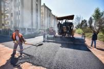 GÜZELBAĞ - Güzelbağ Mahallesi'nde Sıcak Asfalt Çalışması