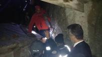 Kayalıklara Sıkışan 2 Çocuk Kurtarıldı
