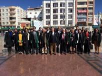 Kilis Barosu Atatürk Anıtına Çelenk Sundu
