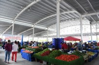 KONYAALTI BELEDİYESİ - Konyaaltı Öğretmenevleri Pazarı İlk Kez Alışverişe Açıldı