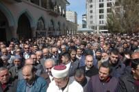 ÖMER CAMII - Suriye'de Katledilenler İçin Gıyabi Cenaze Namazı
