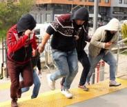 BEYCUMA - Uyuşturucu Sattığı İddia Edilen 3 Kişi Tutuklandı