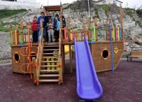 KARAKÖY - Aliağa'da Parklara Modern Dokunuş