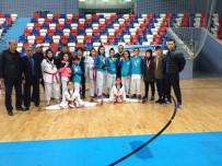 ERARSLAN - Kepez Çaylıoğlu'nun Tekvandocuları Madalyaları Topladı