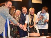 İLKİM KARACA - Sevenleri Cem Karaca'nın 72. doğum gününü kutladı
