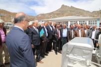 OSMAN KAYMAK - Tunceli'ye 4 Çöp Toplama Aracı Ve 250 Konteyner