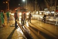 CENGIZ TOPEL - Yüksekova'da Yol Yıkama Çalışması