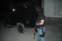 ŞAFAK VAKTI - Adana'da PKK Operasyonu Açıklaması 22 Gözaltı