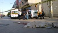 HALK OTOBÜSÜ - Arka Koltukta Oturuyordu Açıklaması Kaza Oldu Feci Şekilde Öldü