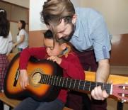 ATATÜRK İLKOKULU - 'Bir Nota Da Sen Çal' Sosyal Sorumluluk Projesi