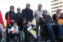 AKÜLÜ SANDALYE - Büyükşehir'den Engellilere Malzeme Yardımı