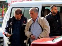 SAHTE KİMLİK - Çeşme'de 7 Arazi Dolandırıcısı Yakalandı