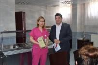 YEŞILDAĞ - Gelibolu Devlet Hastanesinde Kitap Hediyeleşme Etkinliği