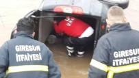 MEDİKAL KURTARMA - Giresun'da Trafik Kazası Açıklaması 1 Ölü, 2 Yaralı