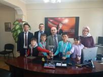 SATRANÇ FEDERASYONU - Hisarcık'ta Satranç Ustası Minikler Ödüllendirildi