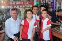 İSTİNAT DUVARI - Naldökenliler 40 Yıldır İstedikleri Futbol Sahasına Kavuştu