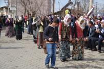 ÖMER DERECİ - Şenkaya'da Kurtuluş Coşkusu