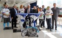 OSMAN GÜRÜN - Sınır Ötesi Bisiklet Turunun Fotoğraf Sergisi Açıldı