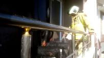 Burhaniye'de Apartman Balkonunda Korkutan Yangın