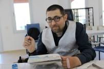 ENGELLİ VATANDAŞ - Emekli İkramiyesini Çalıştığı Vakfa Bağışladı