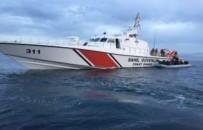 KAÇAK GÖÇMEN - Kuşadası Körfezi'nde 44 Kaçak Göçmen Yakalandı
