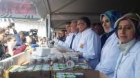 Zeytinburnu'nda Vatandaş Çiğ Köfteye Doydu