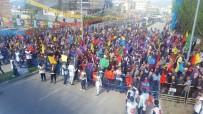 İSLAMIYET - Bursa'da Az Katılımlı HDP Mitinginde Dikkat Çeken Güvenlik Önlemi