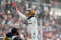 DÜNYA ŞAMPİYONU - Çin Grand Prix'in kazananı Lewis Hamilton