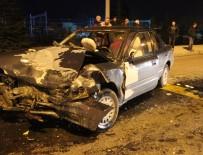 MUSTAFA ÇETİNKAYA - Kütahya'da Trafik Kazası Açıklaması 10 Yaralı