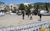 SÜNNET DÜĞÜNÜ - Marmaris'te Acil Servis Önünde Sünnet Düğünü