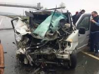 Rize'de İtfaiye Aracı Gürcü Plakalı Minibüsle Çarpıştı Açıklaması 1 Ölü, 6 Yaralı