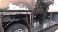 YANGIN TÜPÜ - Sakaryaspor Taraftarını Taşıyan Midibüs Alev Aldı