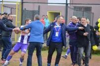 Şampiyonluk Maçında Tribünden Sahaya İnen Başkan Futbolcu Dövdü