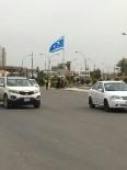 Türkmenler Kerkük'e Dev Bayrak Dikti