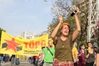 UĞUR MUMCU - Adana'da 1 Mayıs Coşkuyla Kutlandı