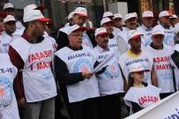 Belediye İş Sendikası 1 Mayıs İşçi Bayramı'nı Kutladı