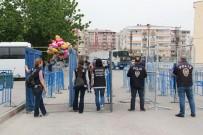HELYUM GAZI - Helyum Dolu Balonlar Alana Alınmadı