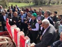 YAĞMUR DUASI - Pınarbaşı'nda Pancar Tohumları Toprakla Buluştu