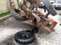 Sungurlu'da Ön Tekeri Çıkan Traktör Devrildi Açıklaması 2 Yaralı