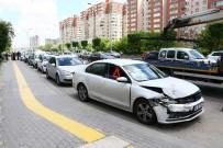 TRAFİK YOĞUNLUĞU - Başkent'te 6 Araç Birbirine Girdi