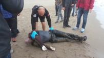 KİMLİK TESPİTİ - Denizde Bulunan Erkek Cesedinin Kimliği Tespit Edilemedi