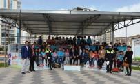 BENZİN İSTASYONU - Minik Öğrencilere Polislerden Trafik Eğitimi