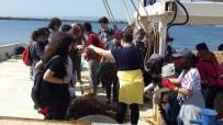 Öğrenciler Balıkçı Gemilerini Gezdi